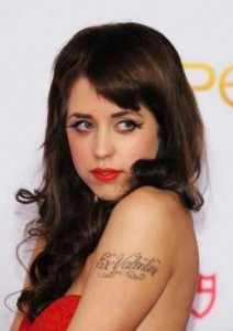 peaches_geldof arm tattoo